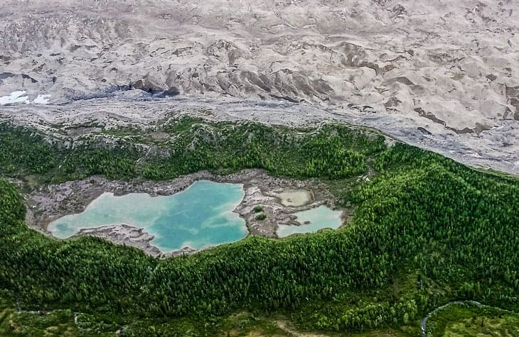 Chitina - McCarthy - Kennecott - Is Kennecott glacier a river of ice?