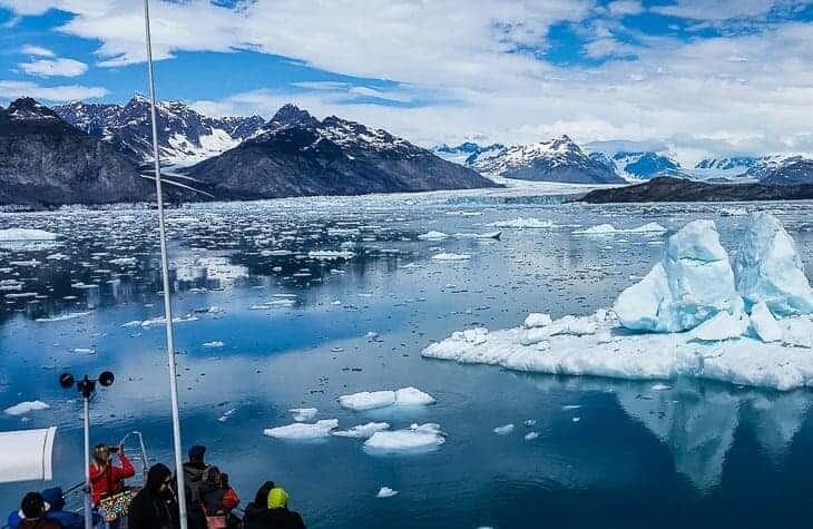 Chitina - Valdez - Columbia Glacier – Why does a glacier look blue?
